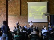 Ο Γ.Γ. της FEDENATUR Maria Marti χαιρετίζει την εκδήλωση για τα 40 χρόνια του Parco Nord Milano