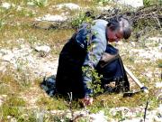 Η Μαρία Γ. Ντούρου συμμετέχει με συγκίνηση στην αναδάσωση.