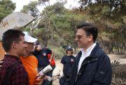 Η κα Ελένη Λαμπαδαρίου με τον Υφυπουργό Περιβάλλοντος κ.Θάνο Μωραΐτη και τον εκπρόσωπο της ΦΕΑ κ.Παύλο Μπάτσιο.